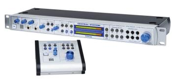 Central Station PLUS: Studio Control Center with Remote Control Bundle (PR-00125083)