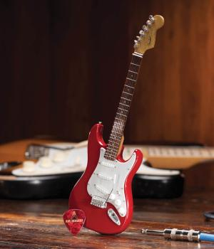 Fender(TM) Stratocaster(TM) - Classic Red Finish: Officially Licensed  (HL-00124402)