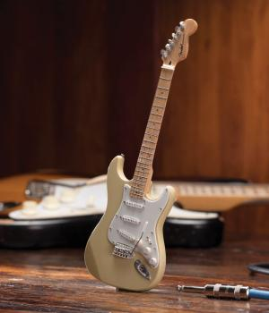 Fender(TM) Stratocaster(TM) - Cream Finish: Officially Licensed Miniat (HL-00124403)